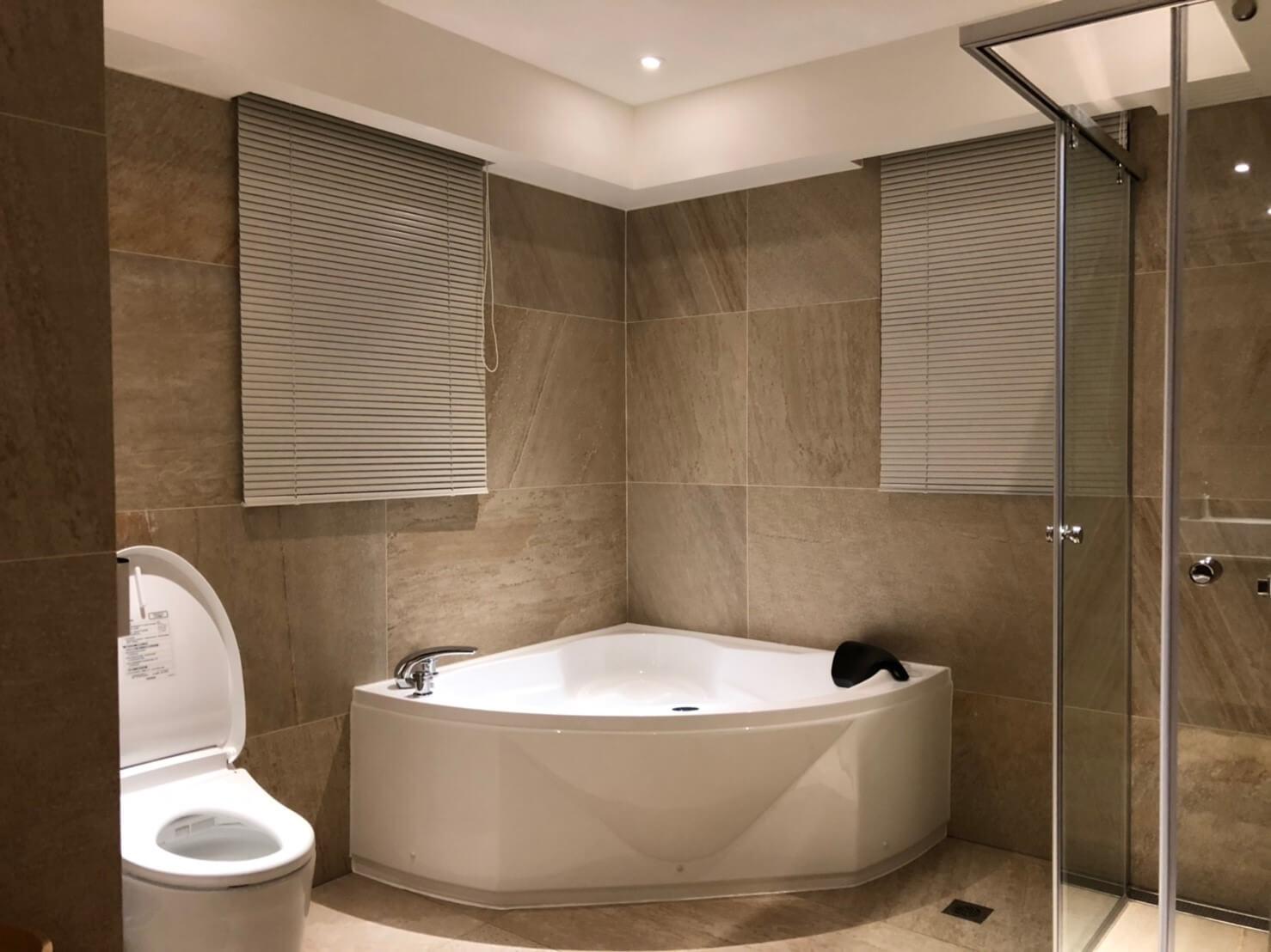 浴室 百葉窗