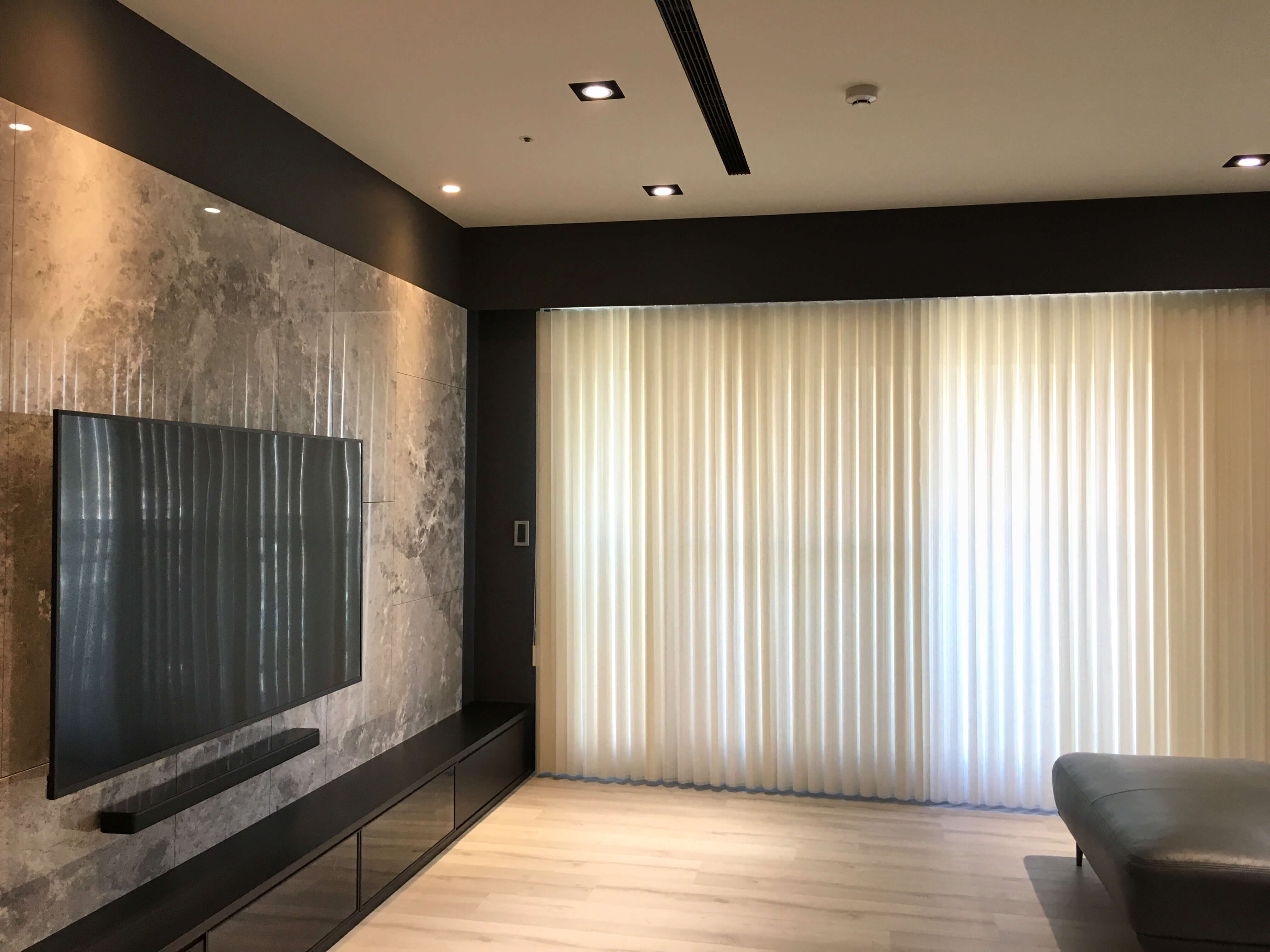 直立柔紗簾推薦 客廳窗簾設計 台中窗簾推薦